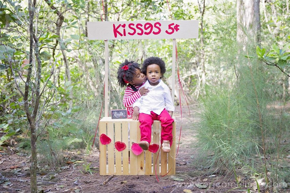 Bobbi Elle and AJ's Kissing booth Valentine's Day Shoot
