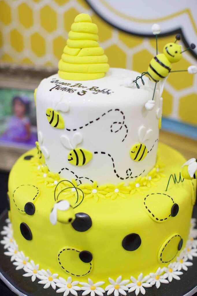 Bumble Bee Birthday Cake; Queen Bee