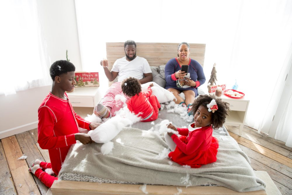 Metelus Christmas Family Photo Shoot